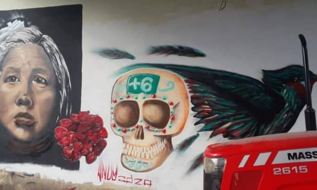 Video: Mural graffiti de Bertha Nava madre de Ayotzinapa